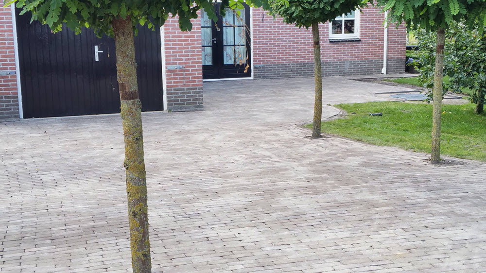 Hoveniersbedrijf Bart Ahrens Harderwijk straatwerk