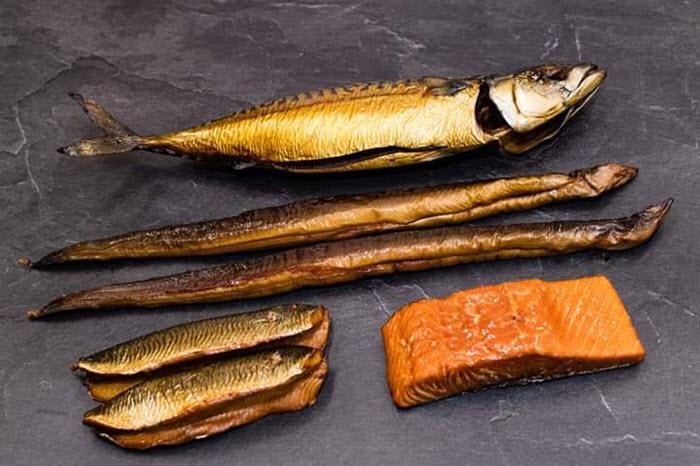 Driespakket palingrokerij en vishandel Dries van den Berg Harderwijk