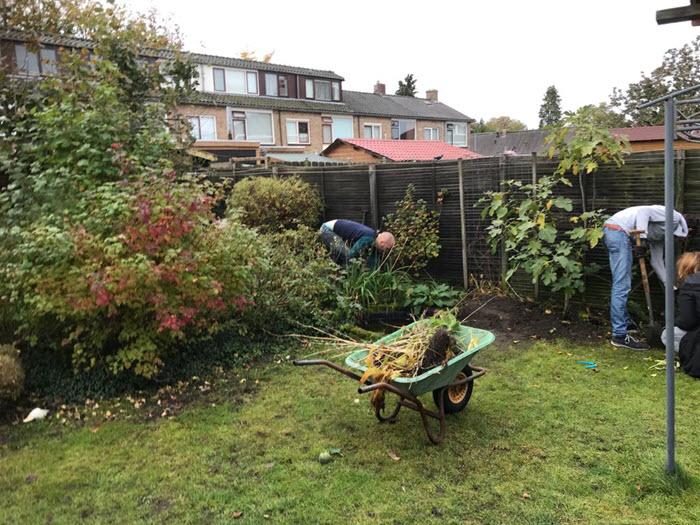 Tuin opgeknapt door Unive en Stichting Present