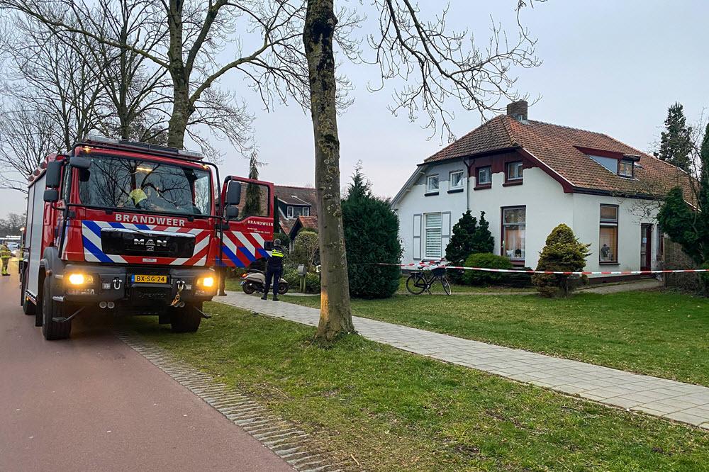 Woning Weiburglaan Harderwijk afgezet met lint