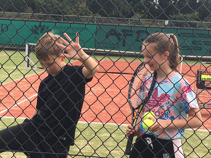 Ouder Kind Tennismiddag Tennisvereniging Frankrijk