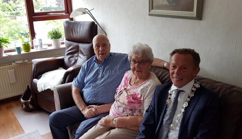 Bruidspaar Jansen Petersen 60 jaar getrouwd Harderwijk