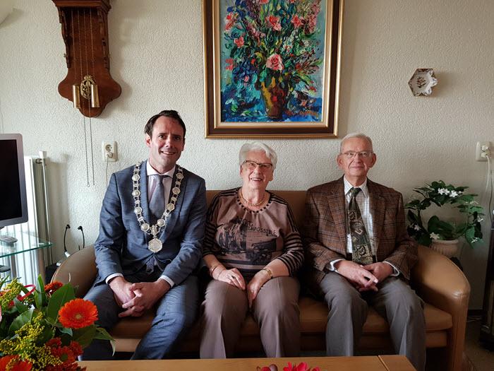 Bruidspaar de Graaff - Thoolen 65 jaar getrouwd Harderwijk