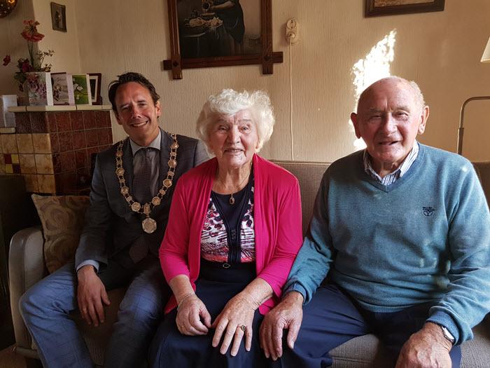 Echtpaar Hoksberg van de Poppe 65 jaar getrouwd Hierden