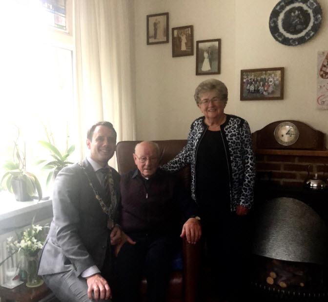 Hendrik en Aartje Hoeven 65 jaar getrouwd
