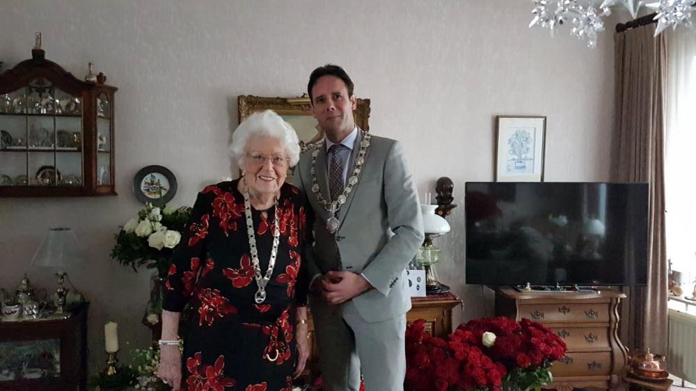 Annie van Ruitenbeek 100 jaar Harderwijk