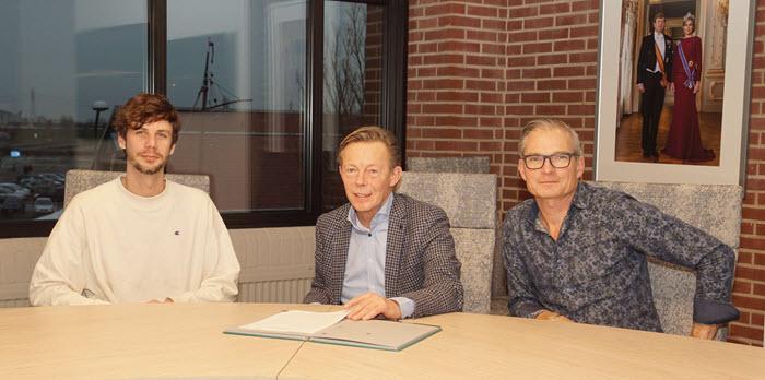 Ondertekening convenant regenbooggemeente Harderwijk