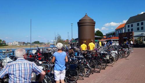 Fietsen parkeerhulp Harderwijk