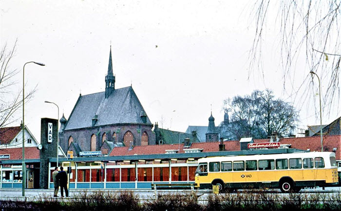 Busstation Vitringasingel Harderwijk uit 1974
