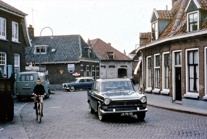Luttekepoortstraat begin jaren 60 in Harderwijk