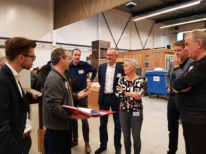 Rondleiding bij Inclusief tijdens netwerkontbijt Bedrijvenkring Harderwijk