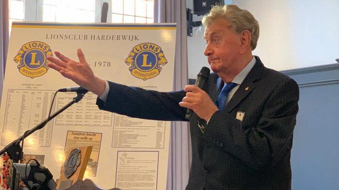 Oudste lid lionsclub Harderwijk Jan Mol