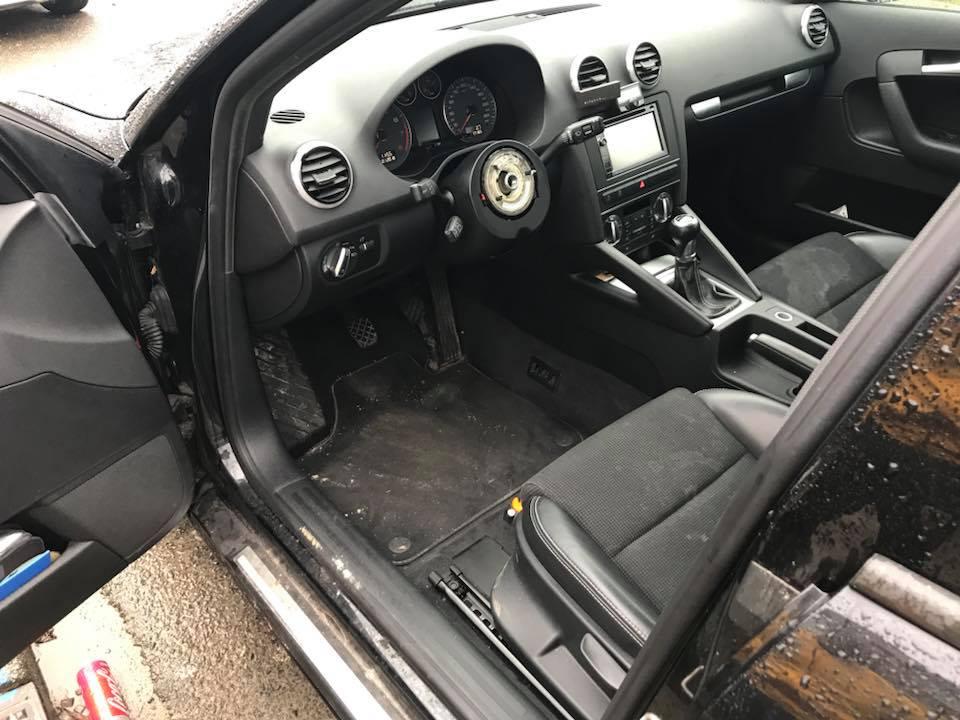 Stuur uit auto gestolen Harderwijk