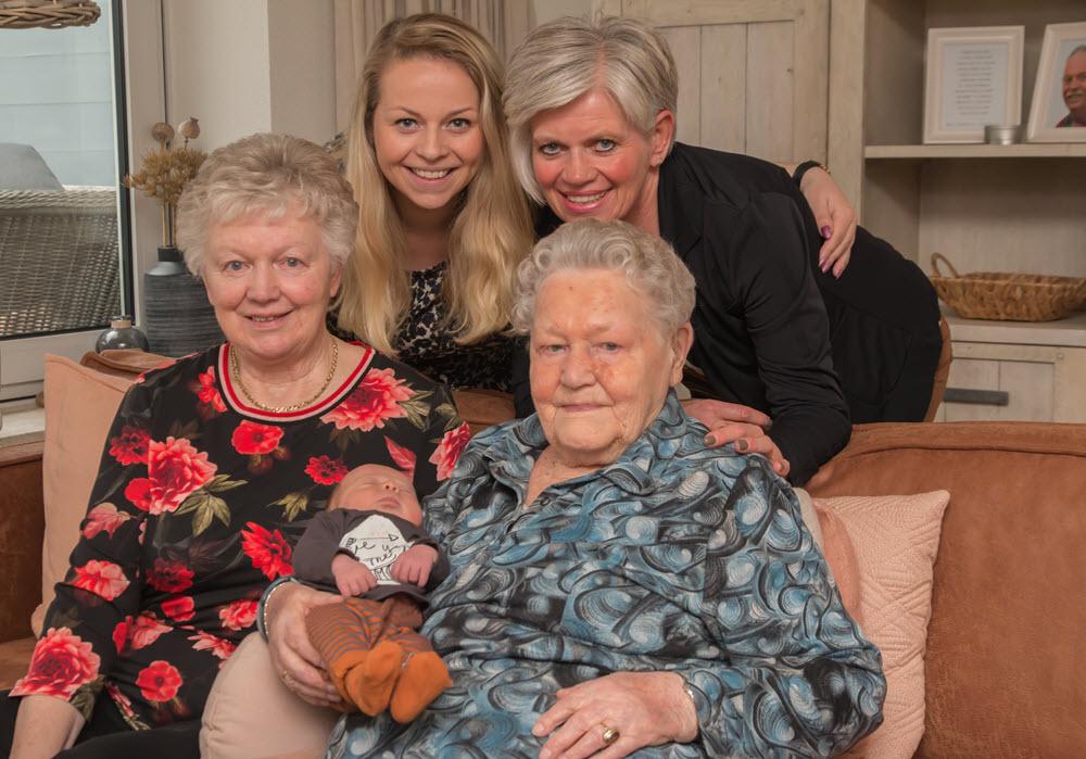 5 generaties familie van Tiggelen