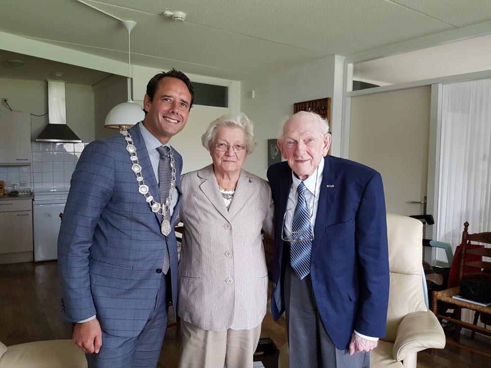 Bruidspaar ter Hoeve 65 jaar getrouwd Harderwijk