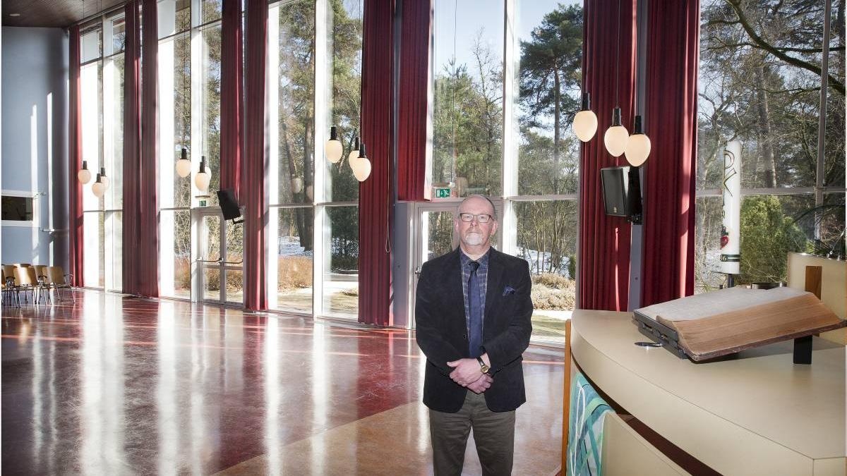 Ds. H. Brandsen, verpleeghuispastor in Sonnevanck in Harderwijk, gaat eind februari met emeritaat. beeld RD, Henk Visscher