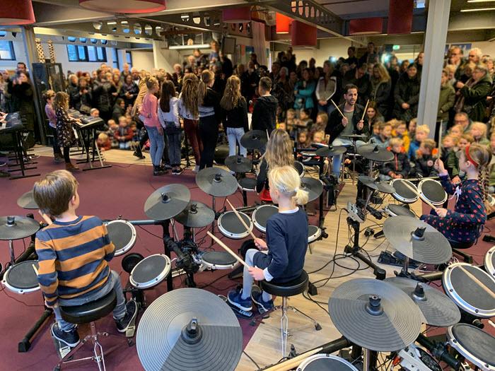 Eind optreden pop leerorkest bij CBS de Rank Harderwijk