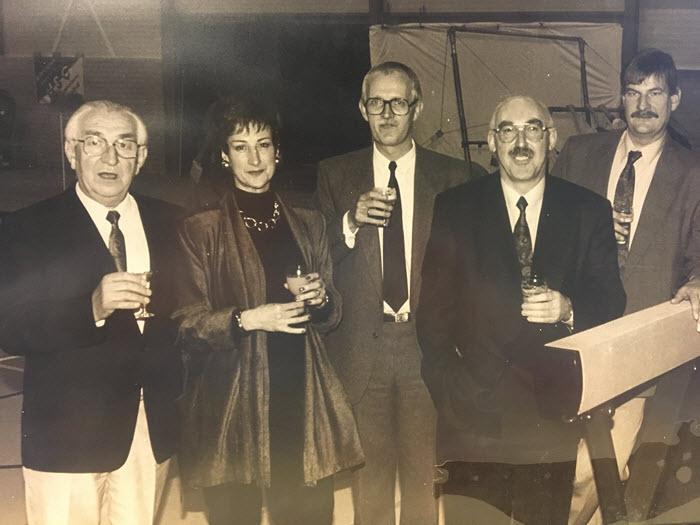 Bestuur 1990 Stichting Sportzaal Hierden