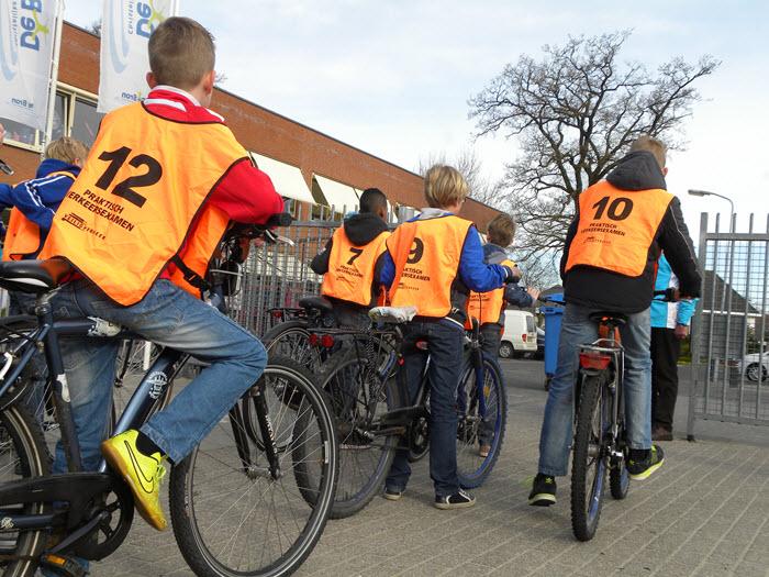 Fietsexamen veilig verkeer nederland