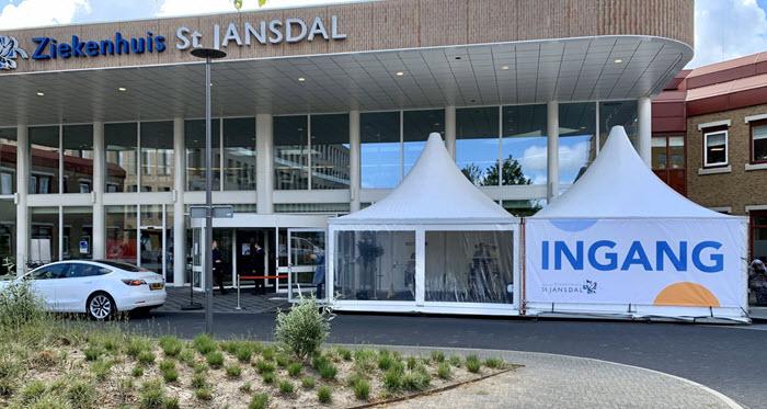 Triagetent ingang Ziekenhuis St.Jansdal Harderwijk