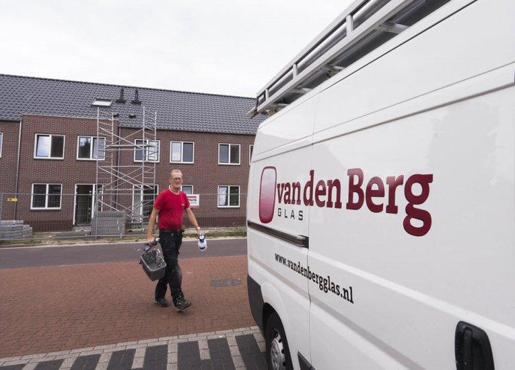 bus_van_den_Berg_Glas_Harderwijk.jpg