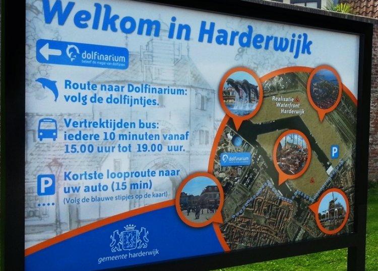 Harderwijk_bus-bord.jpg