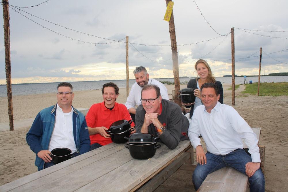 Vischafslag Mosselfeest op strandeiland Harderwijk