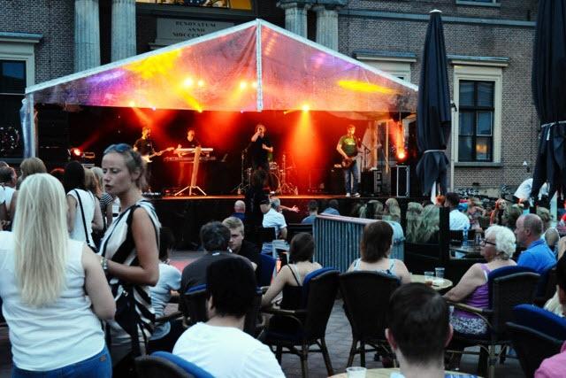 Muziek op de markt in Harderwijk