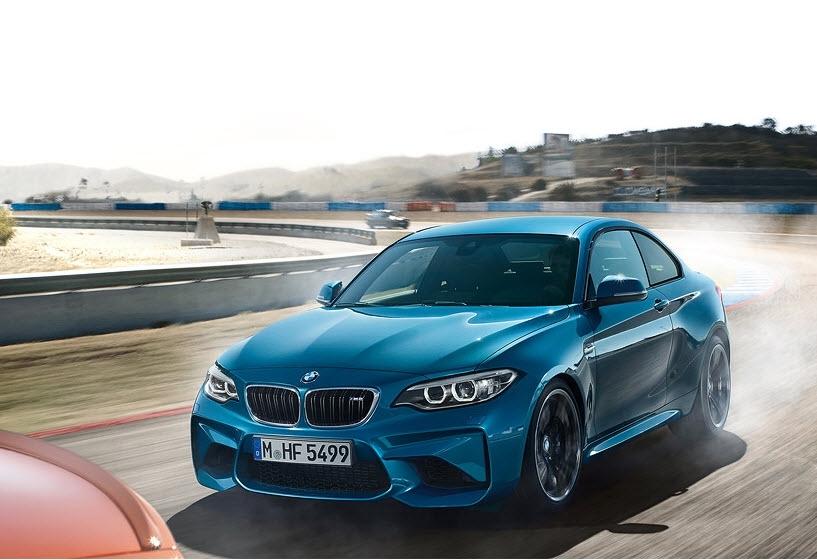 Als coupé maakt de allereerste BMW M2 zijn sportieve uiterlijk meer dan waar