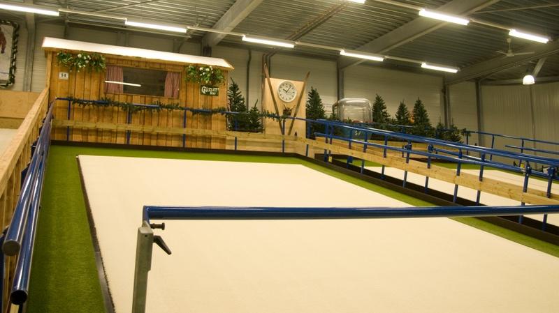 Voorjaars Cursus skien of snowboarden bij Delphindoorski