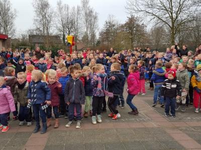 Johnny de Mol op Fontanusschool Harderwijk