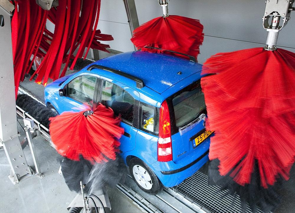 Lionsclub Harderwijk organiseert zaterdag 28 mei een wasactie voor KiKa bij Kok Carwash