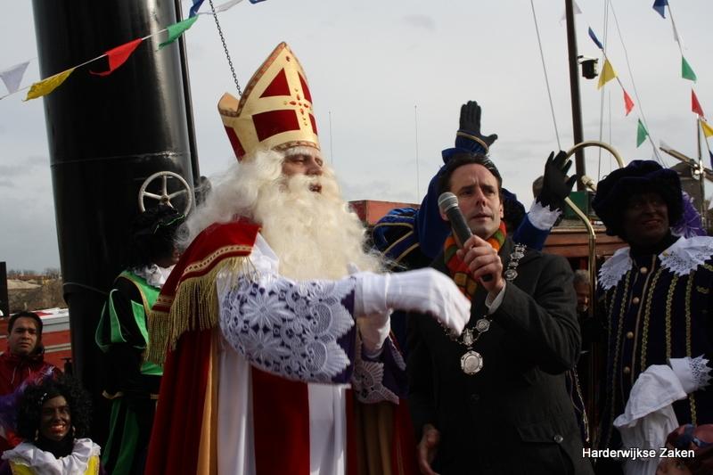 Intocht Sinterklaas en zijn Pieten in Harderwijk op 12 november 2016