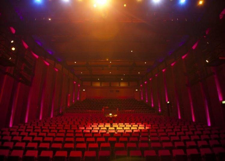 Theater_Harderwijk.jpg