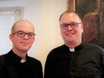Katholieken weer op zaterdag naar de kerk