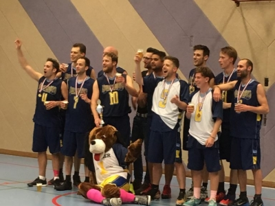 Heren 1 van Basketbalvereniging Rebound'73 kampioen!