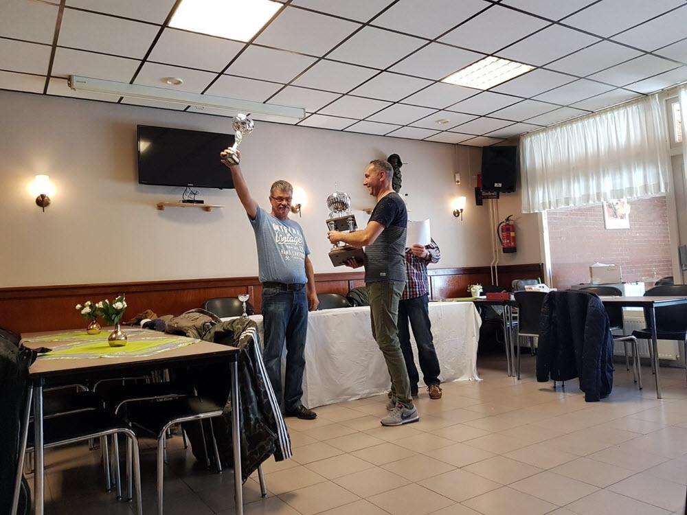 Eindtoernooi van de Suez Bedrijven Dart Competitie (video)