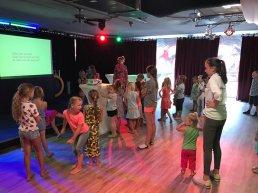 Kinderbingo en karaoke in de eventzaal