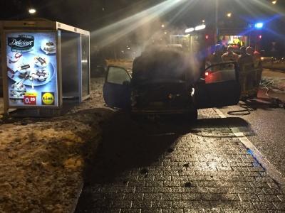 Autobrand op de Deventerweg in Harderwijk