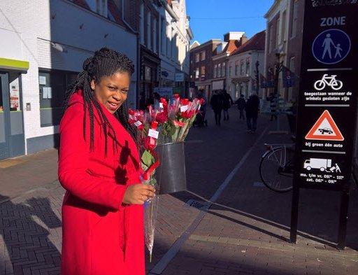 PvdA verrast winkelend publiek