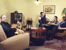 Estrado goes undercover:  Def Americans, Johnny Cash tribute