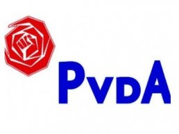 Ludiek protest PvdA tegen van der Valk (video)
