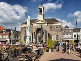 Binnenstad Harderwijk krijgt weer 'soort van VVV-kantoor'