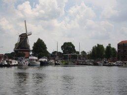 De nog aan te stellen extra havenmeesters van Harderwijk krijgen elektrische boot