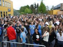 Christelijk College Groevenbeek zamelt geld in voor Charis (video)