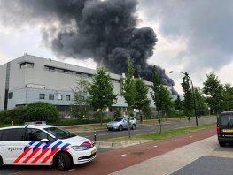 Brand in leegstaand pand op het industrieterrein Lorentz
