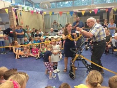 Leerlingen Fontanusschool adopteren verzorgingstehuis