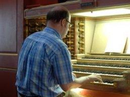 Gerben Mourik debuteert op Harderwijker orgel