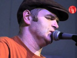 Singer Songwriter Ben Reel