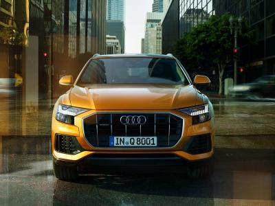 De nieuwe Audi Q8 in de showroom bij Auto Flevo